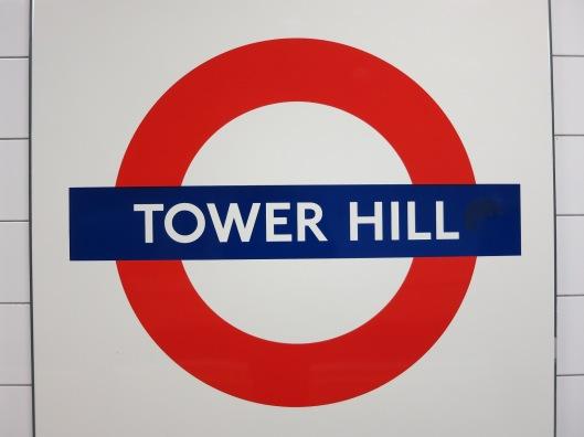 Metropysäkki Tower Hill, jonne pääsee keltaisella Circle Linella tai vihreällä District Linella.