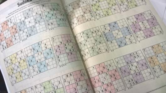 No mutta mitä olisikaan puhelinluettelo ilman sudokuja. Sudokuja! Jaa-a, mitähän tekisin illalla? Otanpa puhelinluettelon ja pelailen parit sudokut. Heippa!