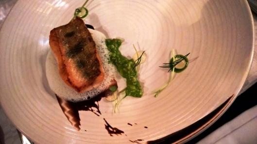 Fine diningia Ravintola Lyonissa Helsingissä.