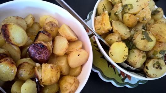 Valmiit, tunnin verran grillissä ässehtineet perunat.
