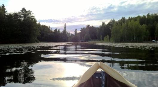 Aika rauhoittavaa on veneily, kun mihinkään ei ole kiire.