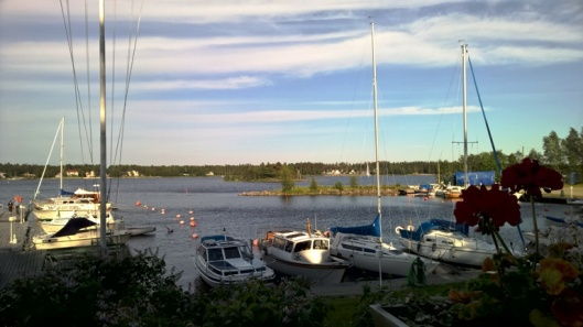 Veneitä Paviksen edustalla.