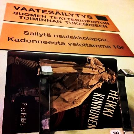Heikki Kinnusen elämäkerta narikassa.