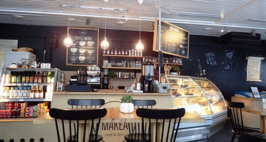Viihtyisä ja sopivan trendikäs Makea Cafe & Deli.